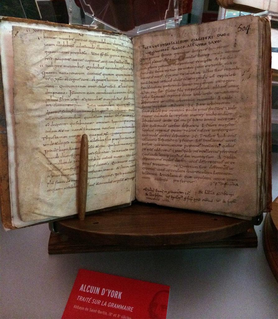 Alcuin d'York, Traité sur la grammaire, Abbaye de Saint-Bertin, IXe et Xe siècle
