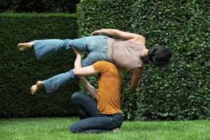 Boléro 2, Boris Charmatz et Emmanuelle                               Huynh Festival Extension Sauvage 2012 © Caroline Ablain