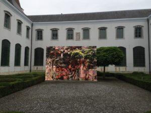 Angela Vergara, De Nekker Tree