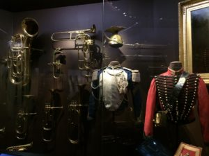 Costumes musiciens - Cabinet des instruments de musique