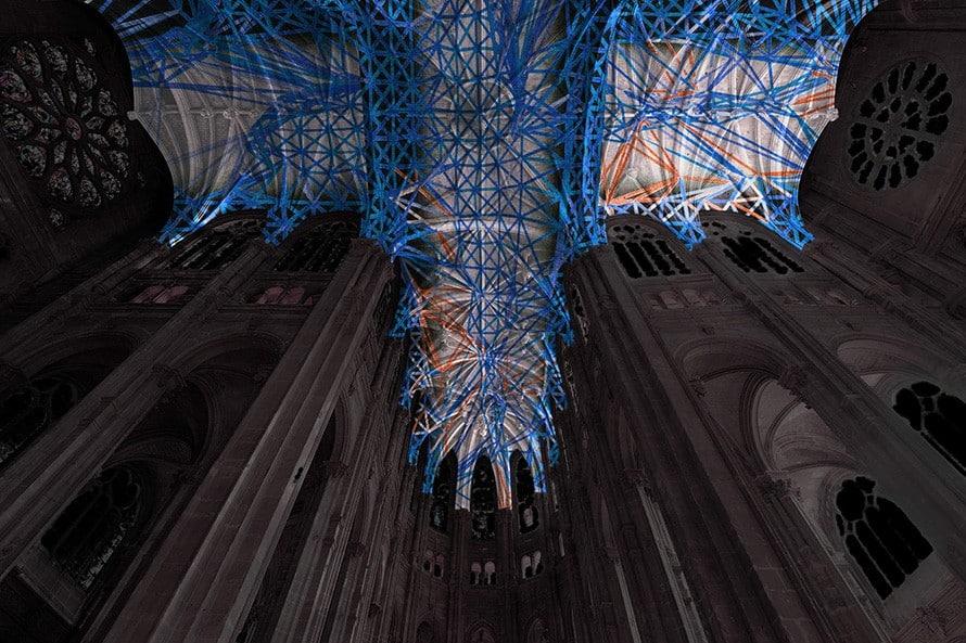 """Miguel Chevalier, """"Voûtes célestes"""" à l'église Saint-Eustache"""