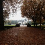 Entrée du château en automne