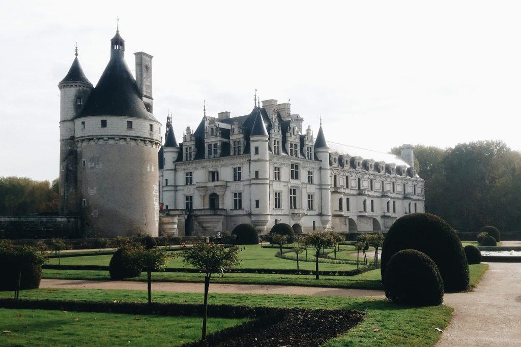 Château depuis le jardin de Catherine de Médicis