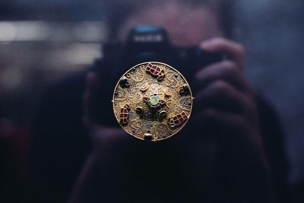Fibule circulaire, Lorraine VIIe siècle