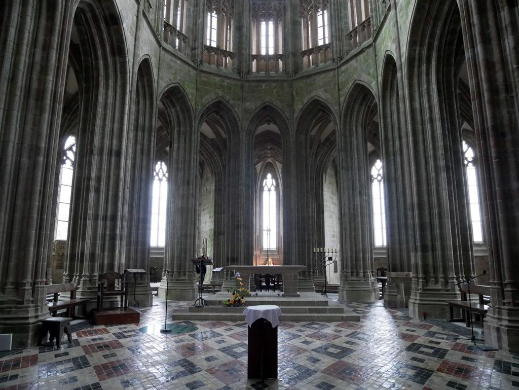 Le chœur de l'église abbatiale du Mont-Saint-Michel