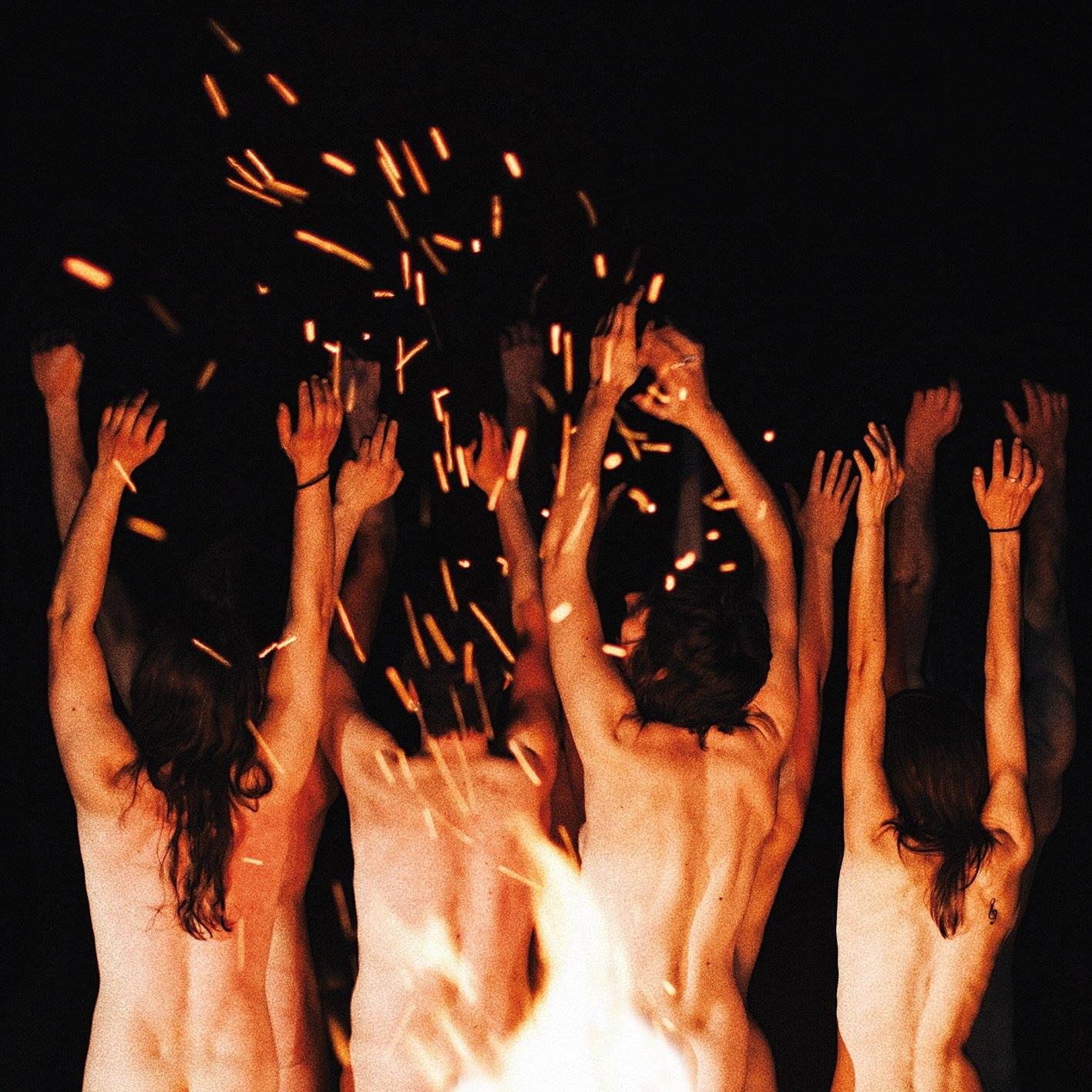 Mademoiselle K, album Sous les brûlures l'incandescence intacte