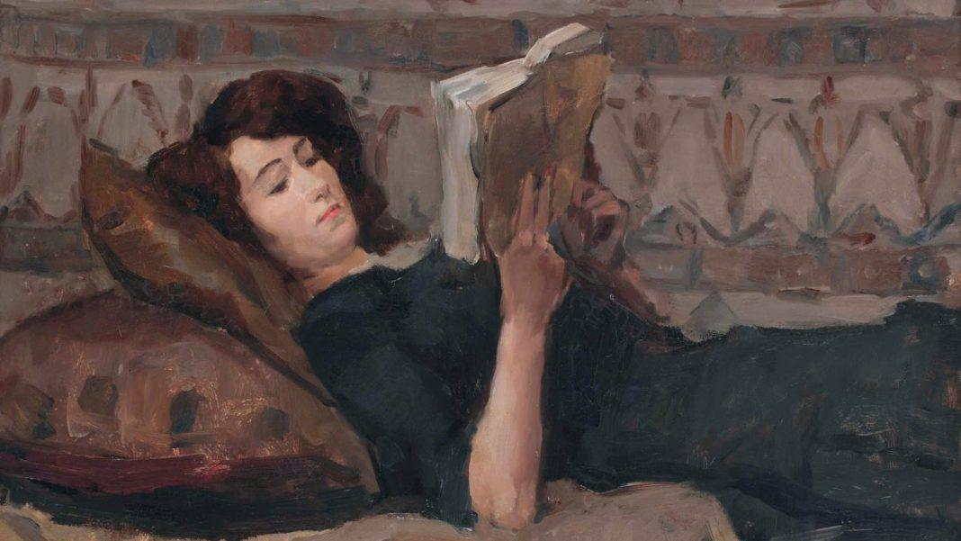 Jeune fille lisant sur le divan, 1920 – Isaac Israëls