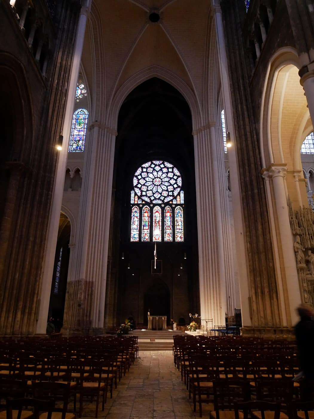 architecte dintrieur chartres the famous stained glass windows in the chartres cathedral photo. Black Bedroom Furniture Sets. Home Design Ideas