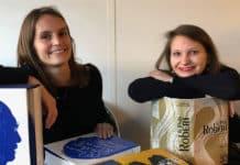 Claire-Aurélie Torpe et Camille Poirier en charge des réseaux sociaux pour le Robert