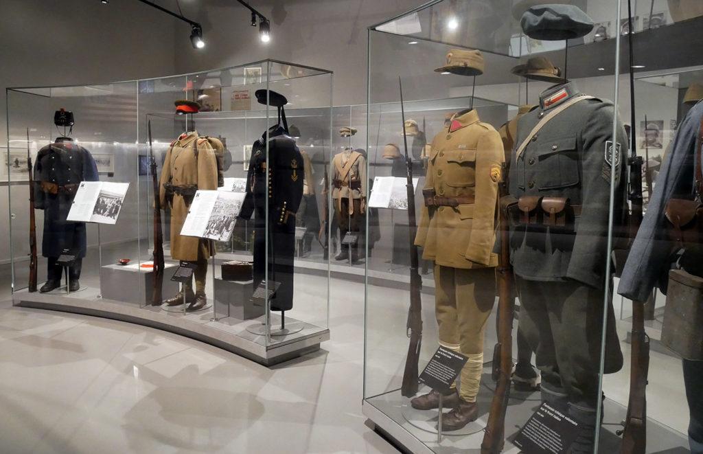 Uniformes de la Première Guerre mondiale