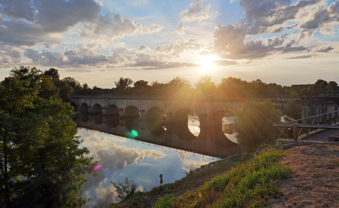 Countrybreak en Saône-et-Loire, Pont-canal de Digoin