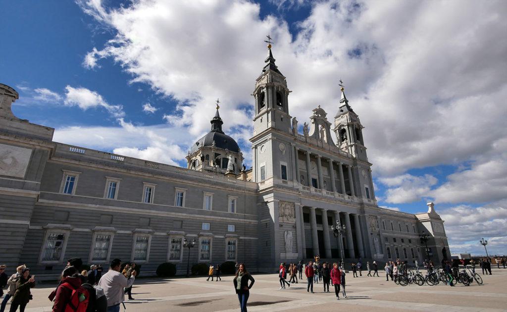 Must see in Madrid, Cathedral Nuestra Señora de la Almudena