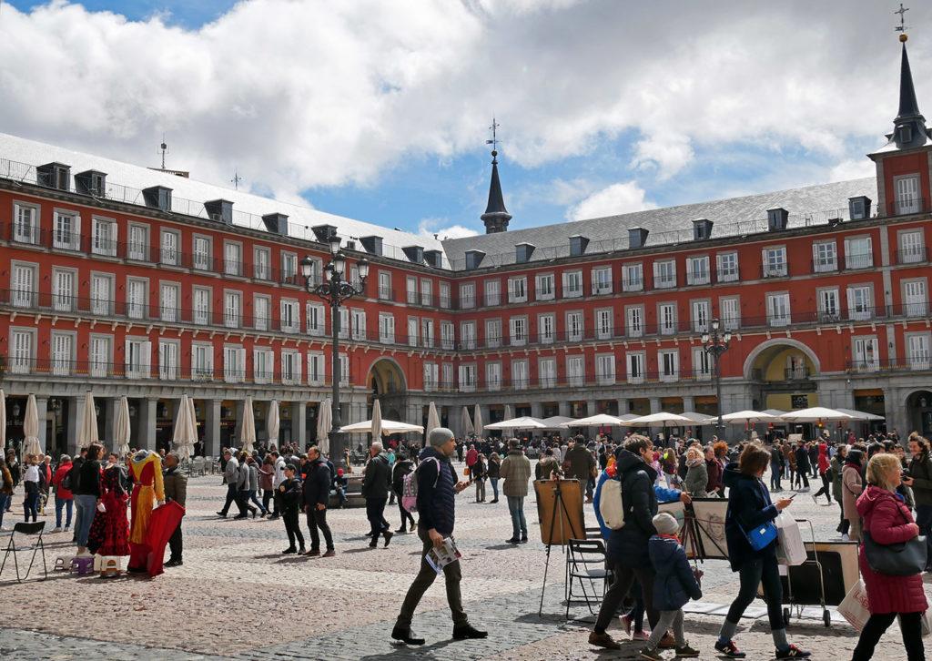 Travel tips in Madrid - The Plaza Mayor