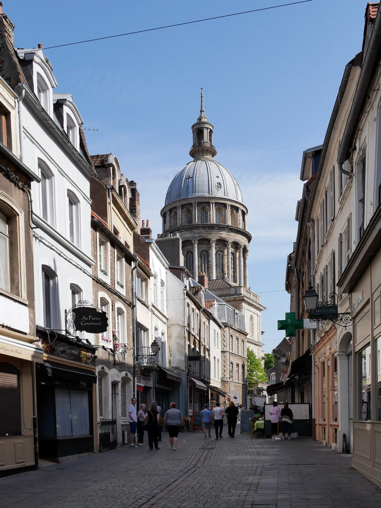Vue sur la Basilique de Boulogne-sur-Mer