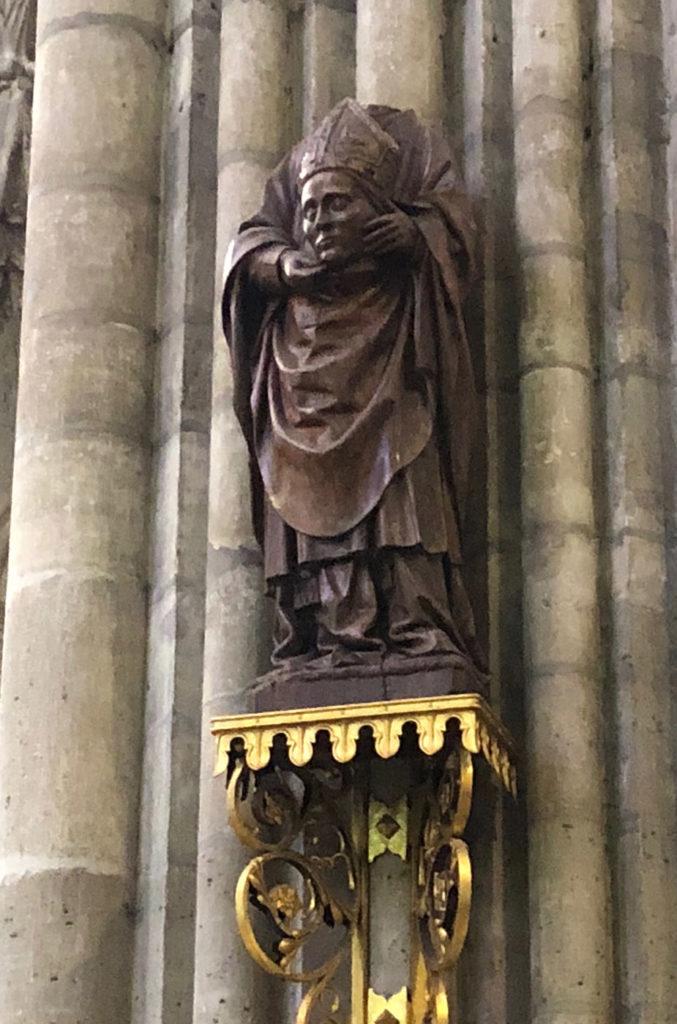 Sculpture de saint Denis