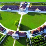 Vue aérienne de la Saline Royale d'Arc-et-Senans