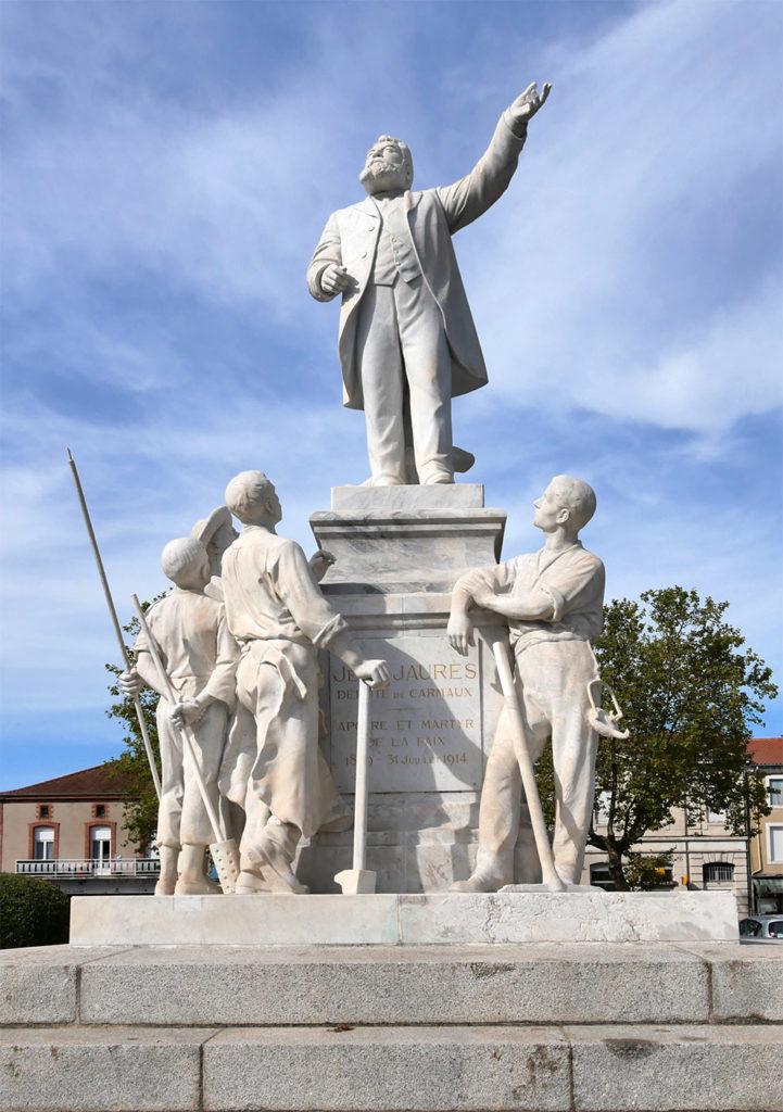 Statue de Jean Jaurès à Carmaux