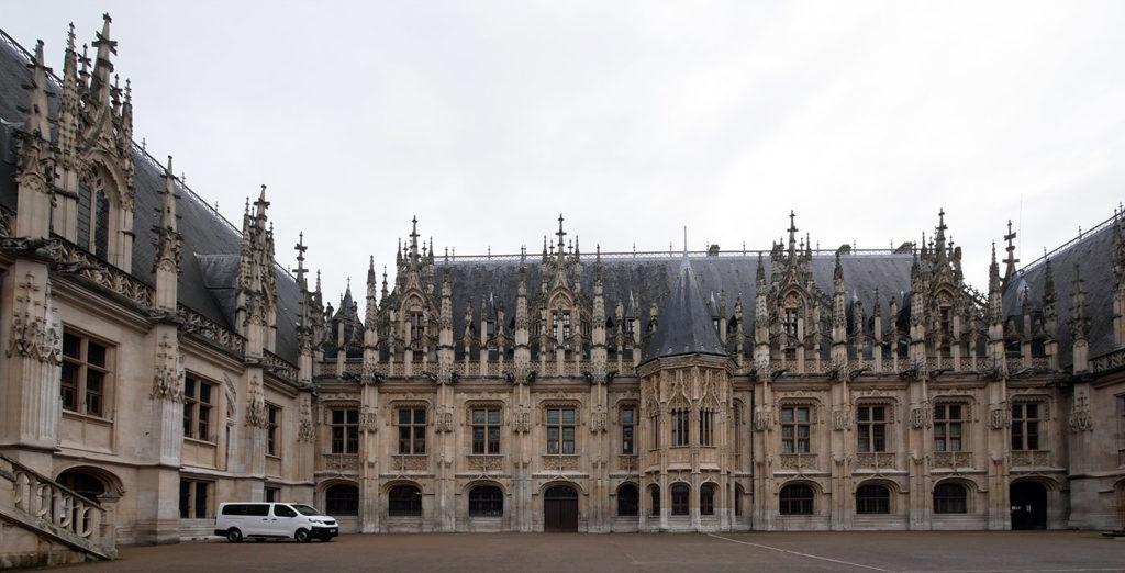 Visiter Rouen : le palais de justice