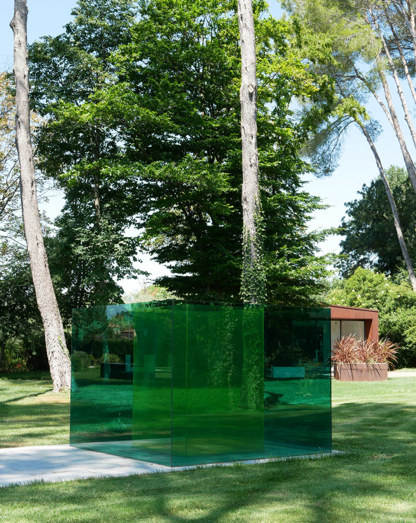 Larry Bell, something green, Venet foundation