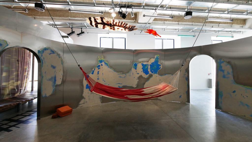 Places To Be à la Fondation Martell, exposition de Jenny Feal