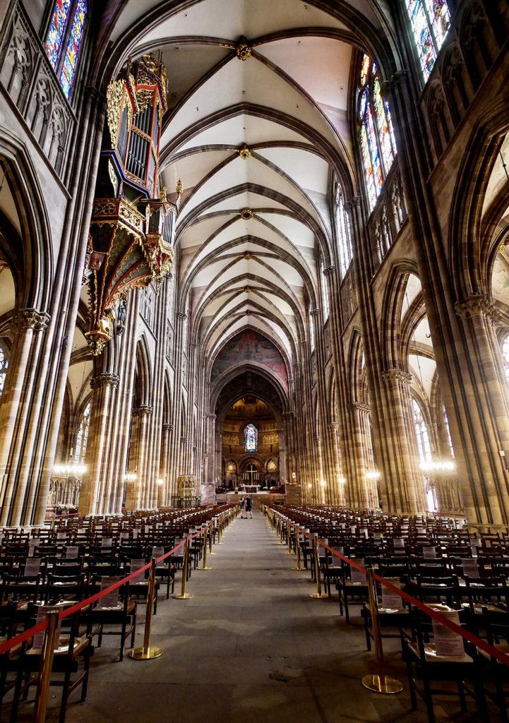 Страсбург собор внутри