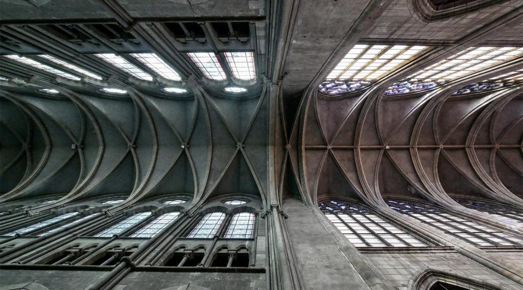 Visiter Moulins : la cathédrale