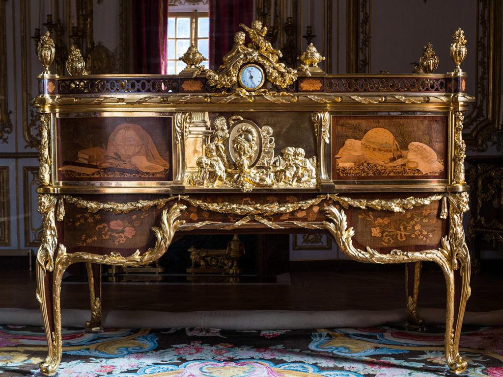 Secrétaire à cylindre, bureau de Louis XV, Versailles