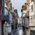 Rue typique de Troyes dans l'Aube