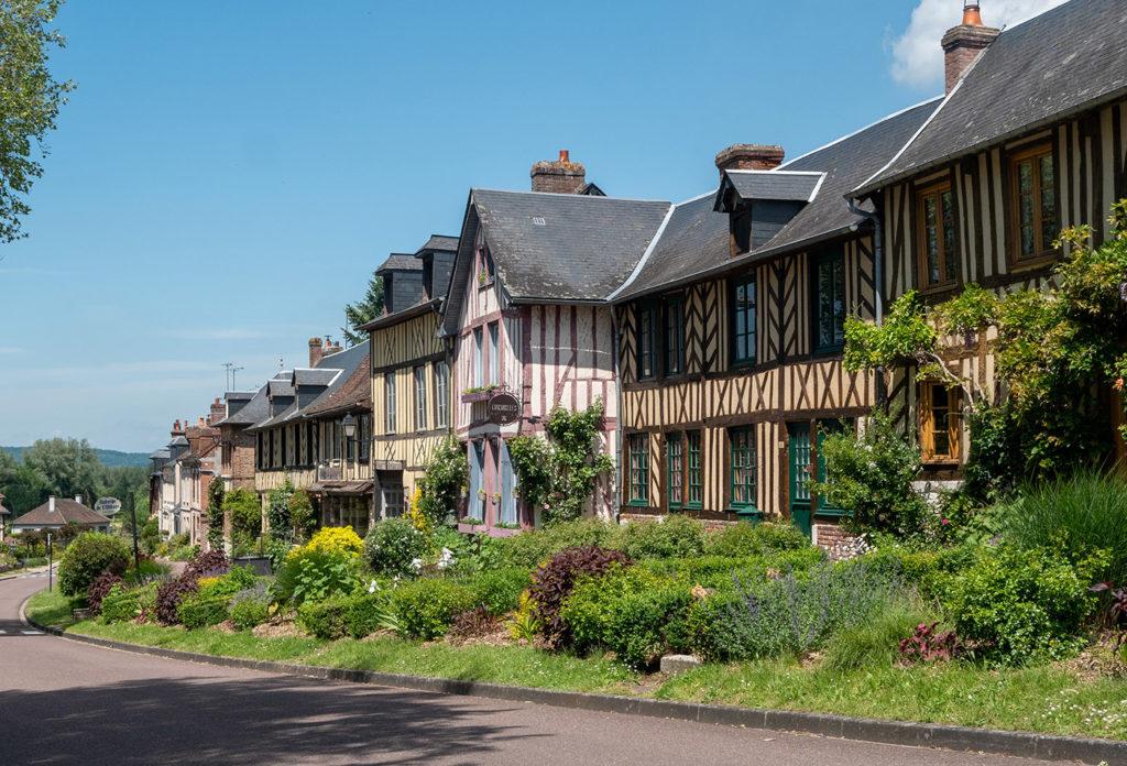 Visit the Bec-Hellouin village